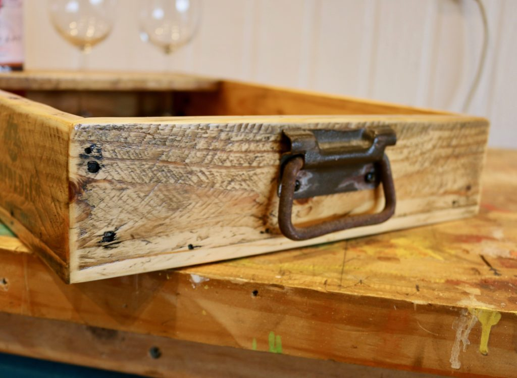 Diy Pallet Wood Serving Tray For Knuckleheads